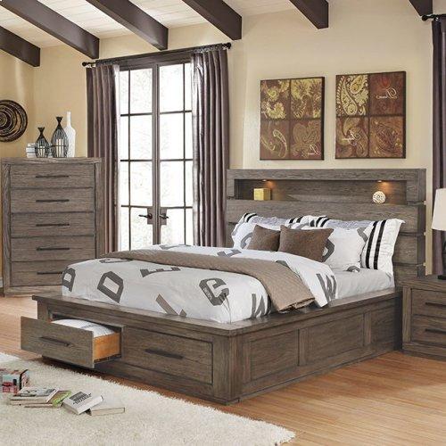 California King-Size Oakburn Bed
