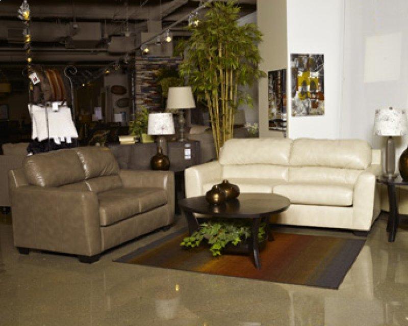 8900339 In By Ashley Furniture In Tucson Az Queen Sofa Sleeper