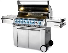 Prestige PRO 665 RSIB Black Lid with Infrared Rear and Side Burner (Available at select retailers only)