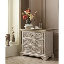 Elizabeth - Three Drawer Bachelor Chest - Smokey White/antique Oak Finish