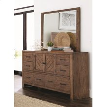 Reeves Mojave Brown Dresser