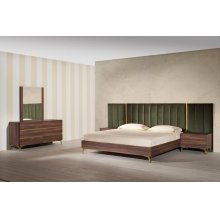 Nova Domus Calabria Modern Walnut & Green Velvet Bedroom Set