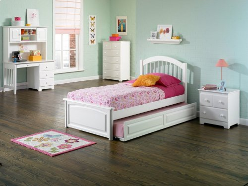 Windsor Twin Raised Panel Foot Board with Raised Panel Trundle White