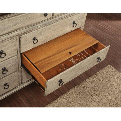 Plymouth Dresser