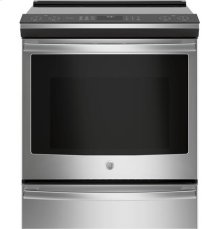 Slide-In Induction Range, 5.3 cu.ft capacity, true european convection with precise air