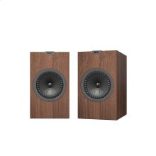 Black Q350 Bookshelf Speaker Pair