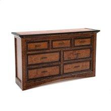 Chesapeake - 7 Drawer Dresser