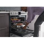 Frigidaire Pro PROFESSIONAL30'' Gas Front Control Freestanding