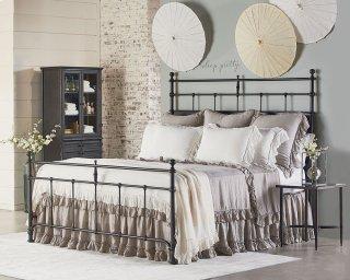 Traditional Trellis Bedroom