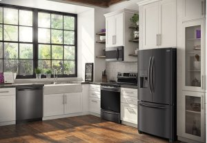 """NEW Black """"Smudge Free Stainless Steel"""" Frigidaire Gallery"""