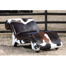 Ranch House Lounger
