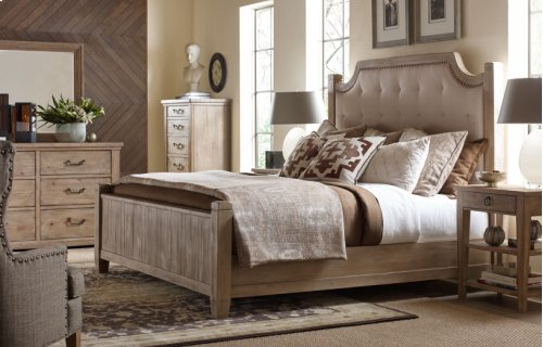 Monteverdi by Rachael Ray Complete Upholstered Low Post Bed, Queen 5/0