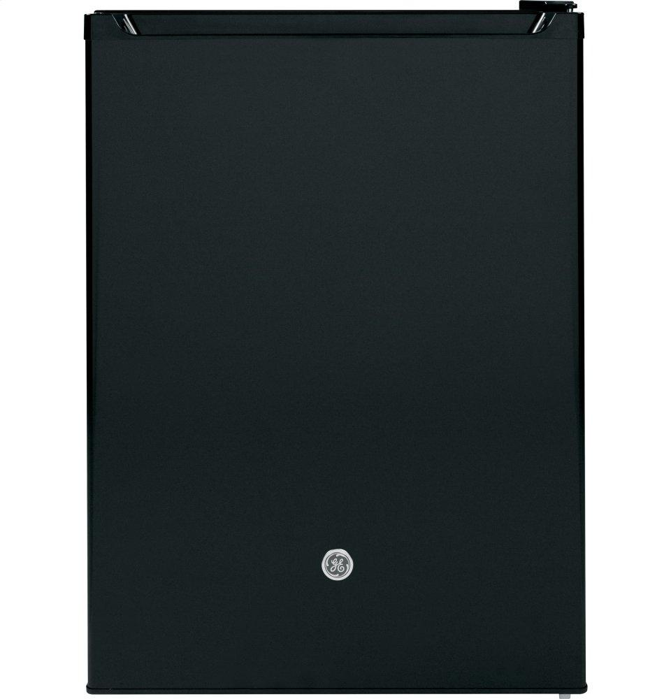 GE5.6 Cu. Ft. 12 Volt Dc Power Compact Refrigerator