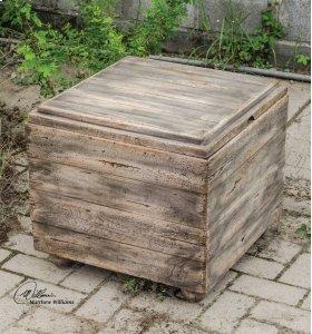 Avner, Cube Table