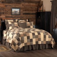 Kettle Grove Queen Quilt 94Wx94L