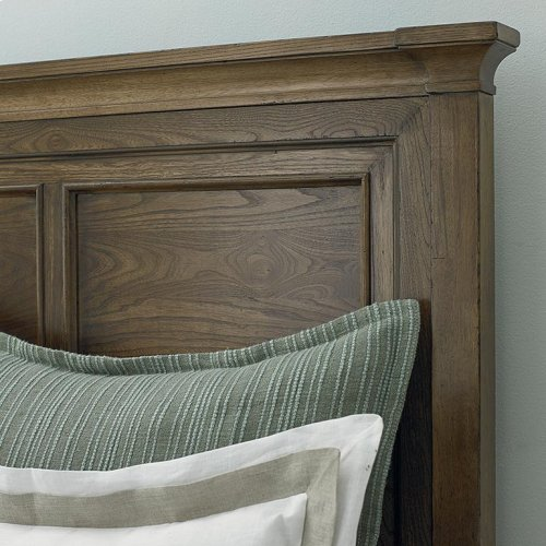 Cal King/Tobacco Commonwealth Panel Bed