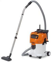 A powerful and quiet wet/dry vacuum for a wide range of professional jobs.
