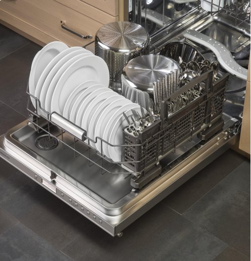 Clearance Model - One of a Kind - Monogram Fully Integrated Dishwasher