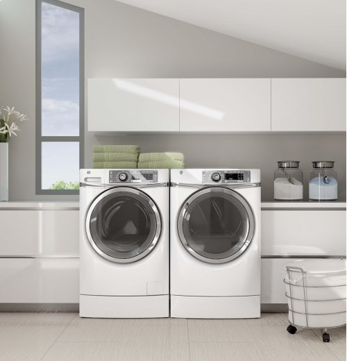 GE® ENERGY STAR® 4.8 DOE cu. ft. capacity RightHeight Design Front Load washer