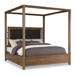 FLEXSTEELMaximus Queen Canopy Bed