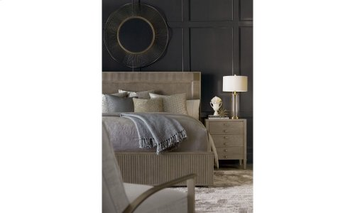 Cityscapes Eastern King Hudson Panel Bed