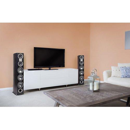 High performance floorstanding loudspeakers in Black