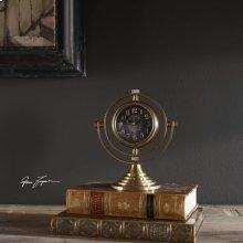Almonzo Clock