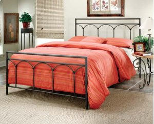 Mckenzie Queen Bed Set