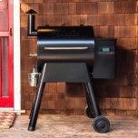 Traeger Grills Pro 575 Pellet Grill - Black