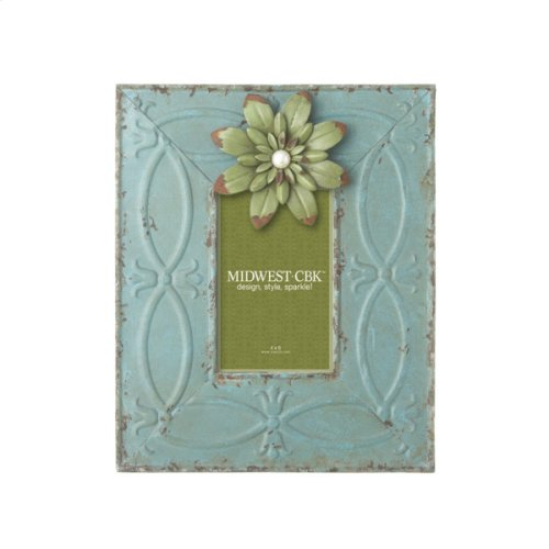 Distressed Blue 4x6 Frame with Magnetic Flower