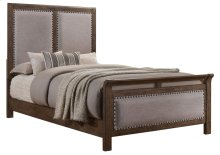 1040 Carlton Queen Bed