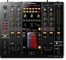 Flagship 4-channel digital mixer