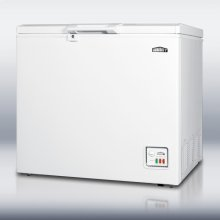 Chest freezer with 6.4 cu.ft. capacity and lock