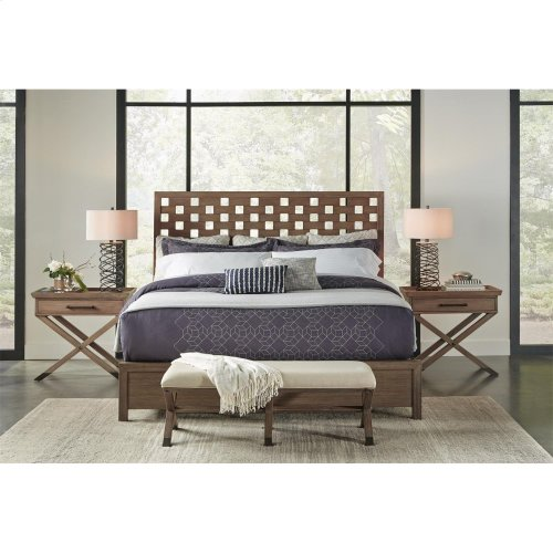 26267 In By Riverside In Mirabelle 50 Inch Upholstered Bed Bench