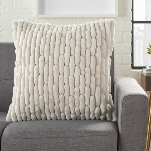 "Life Styles Ys102 Ivory 20"" X 20"" Throw Pillows"