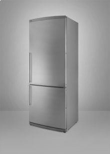 Full-sized refrigerator-freezer with ice maker, frost-free operation, stainless steel door, and bottom freezer