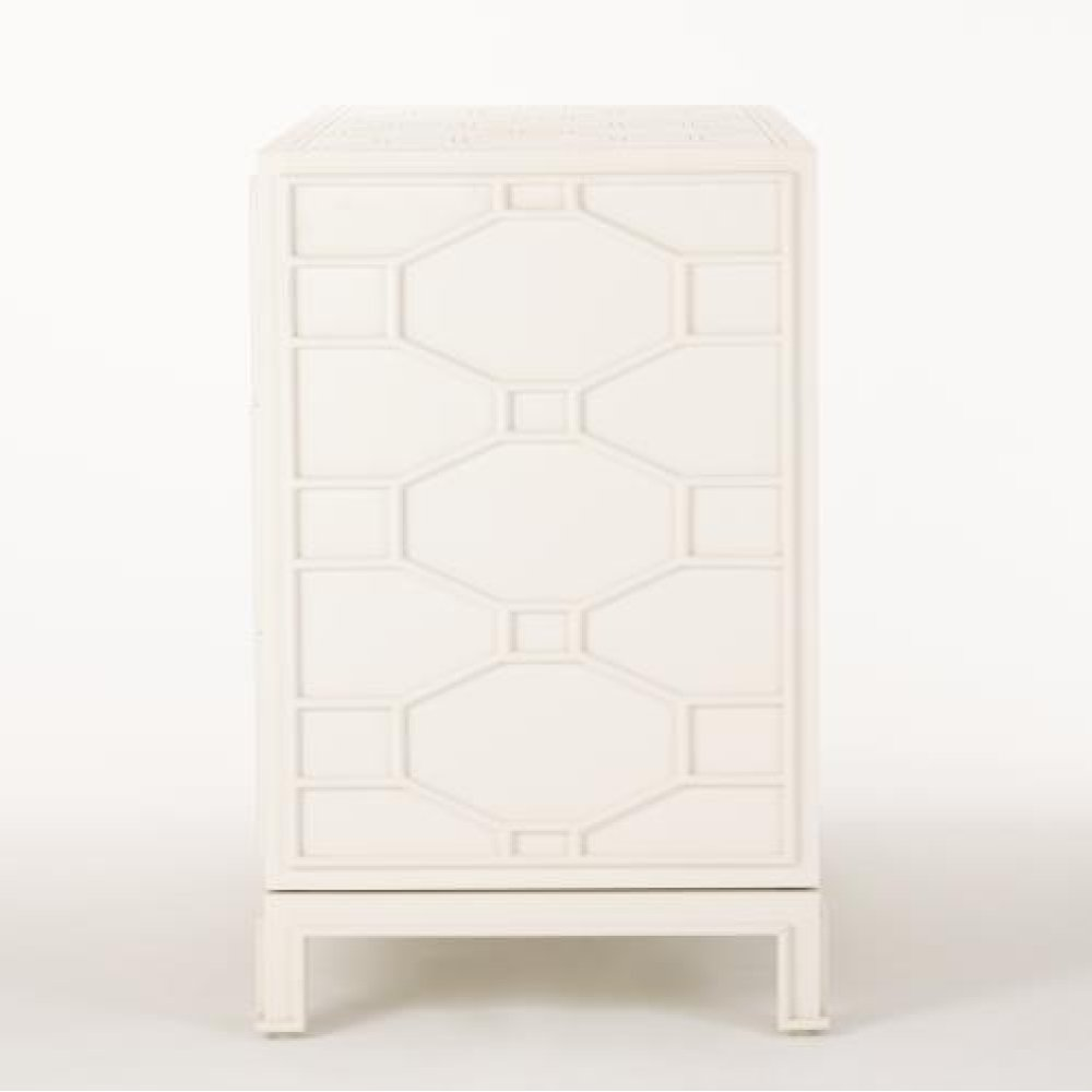 Greenbrier Chest-Ivory