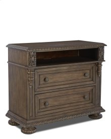 980-682 MCHES Versailles Media Chest
