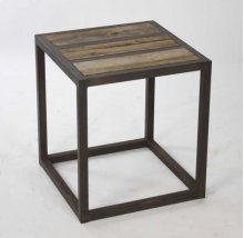 Liesbeth Stool