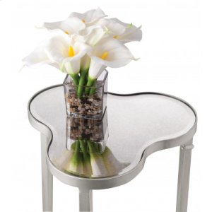 Clover Scatter Table