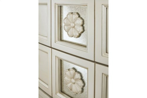 B75046  Five Drawer Chest - Cassimore Pearl