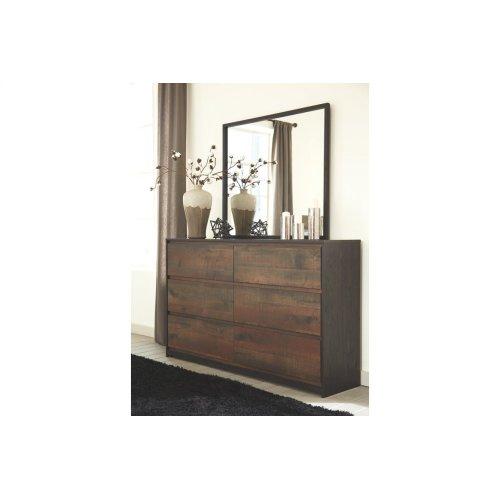 Windlore Dresser