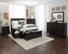 Kona Grove 4 Piece Queen Bedroom Set: Bed, Dresser, Mirror, Nightstand