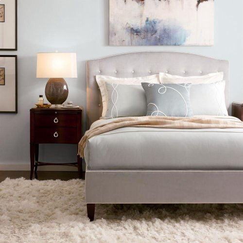 Klein with Button Tuft Bed (Cal. King)
