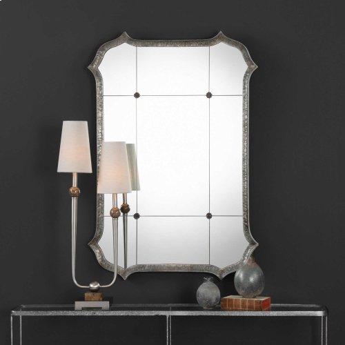 Lesina Mirror