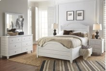 Chesapeake 4 Piece Queen Bedroom Set: Bed, Dresser, Mirror, Nightstand
