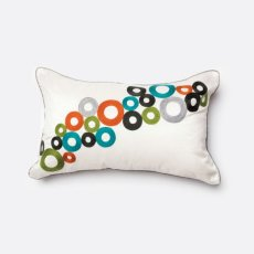 Betsy Pillow (1/box) Product Image