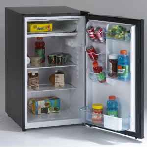 Avanti4.4 CF Counterhigh Refrigerator - Black
