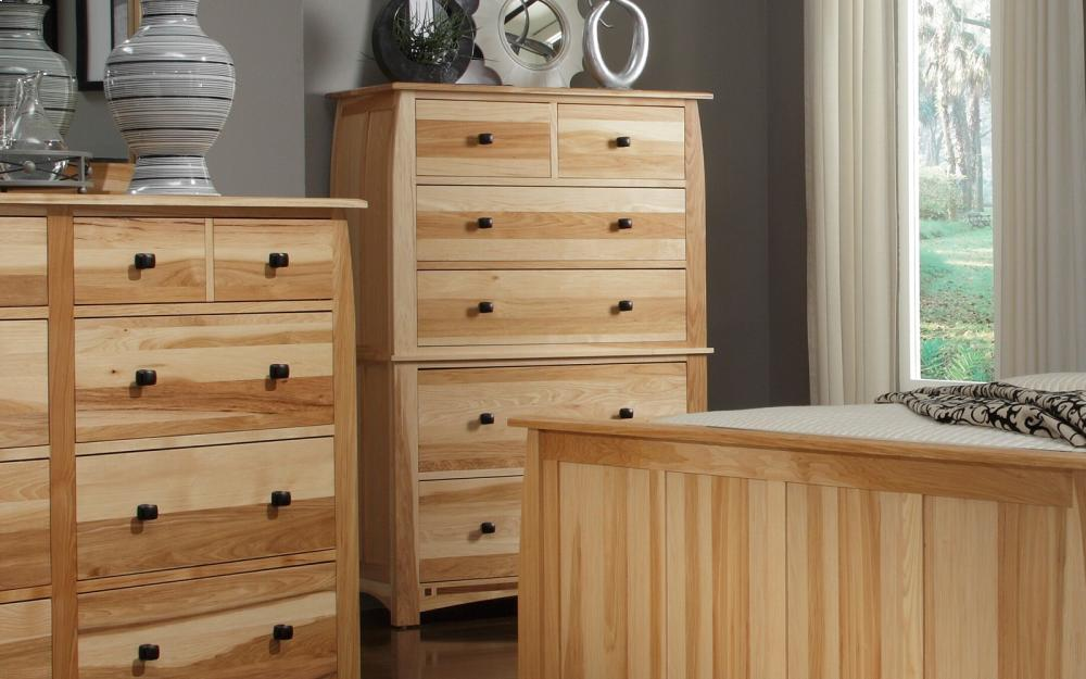 A America6 Drawer Chest