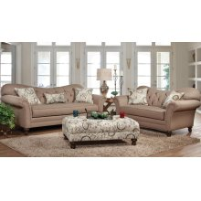 8750 Loveseat
